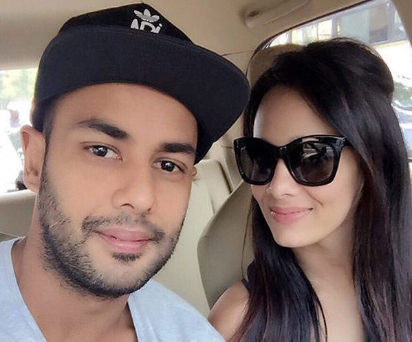 Stuart Binny Wife age-name more about Wife of Stuart Binny